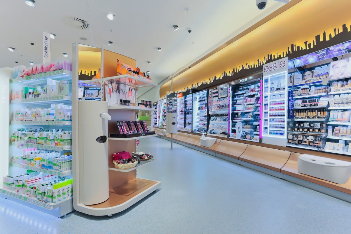 Deko 3 Konzeptentwicklung des Schönheitsbereichs von dm-drogerie markt Deutschland