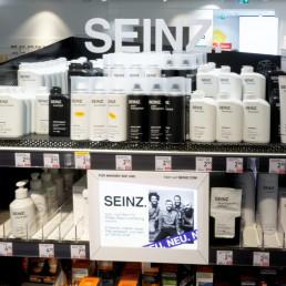 SEINZ-Regal-dm-Markt-Design-LAY-InnenArchitekten